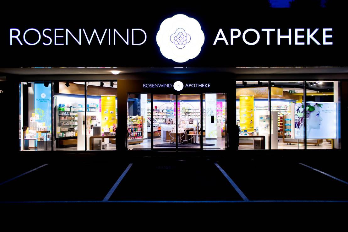 rosenwind pharmacy by universalprojekt von universalprojekt laden und innenausbau gmbh homify. Black Bedroom Furniture Sets. Home Design Ideas