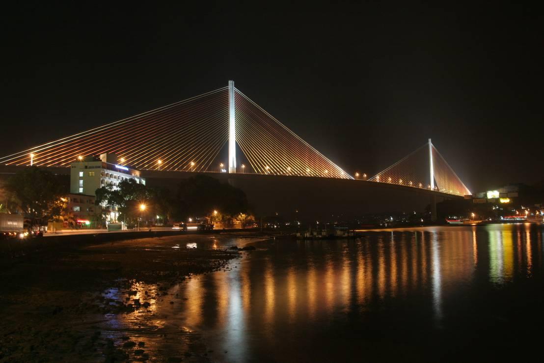Bai chay bridge von nakajima tatsuoki lighting design laboratory