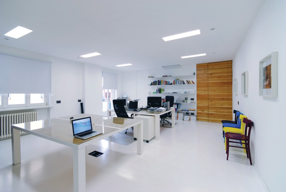 Idee per arredare lo studio o l 39 ufficio for Idee per arredare un ufficio
