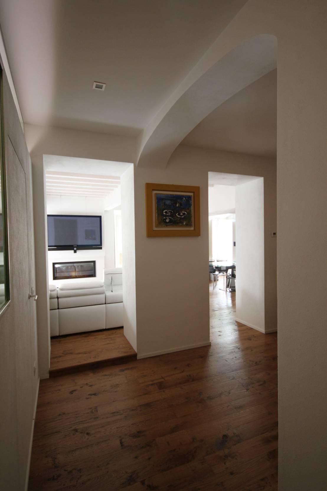 Appartamento con vista de studio bfg homify - Piscina sala baganza ...