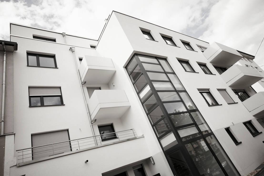 home schlafen wohnen gmbh penthouse wohnung mitten in k ln homify. Black Bedroom Furniture Sets. Home Design Ideas