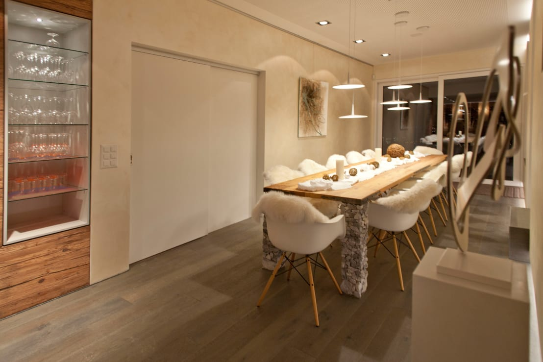 einrichtung im chalet stil. Black Bedroom Furniture Sets. Home Design Ideas