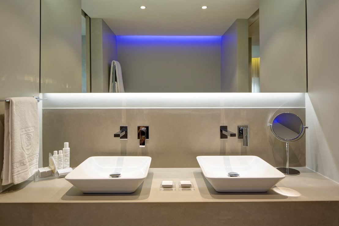 L'arredamento per il bagno: 5 esempi per cambiare look