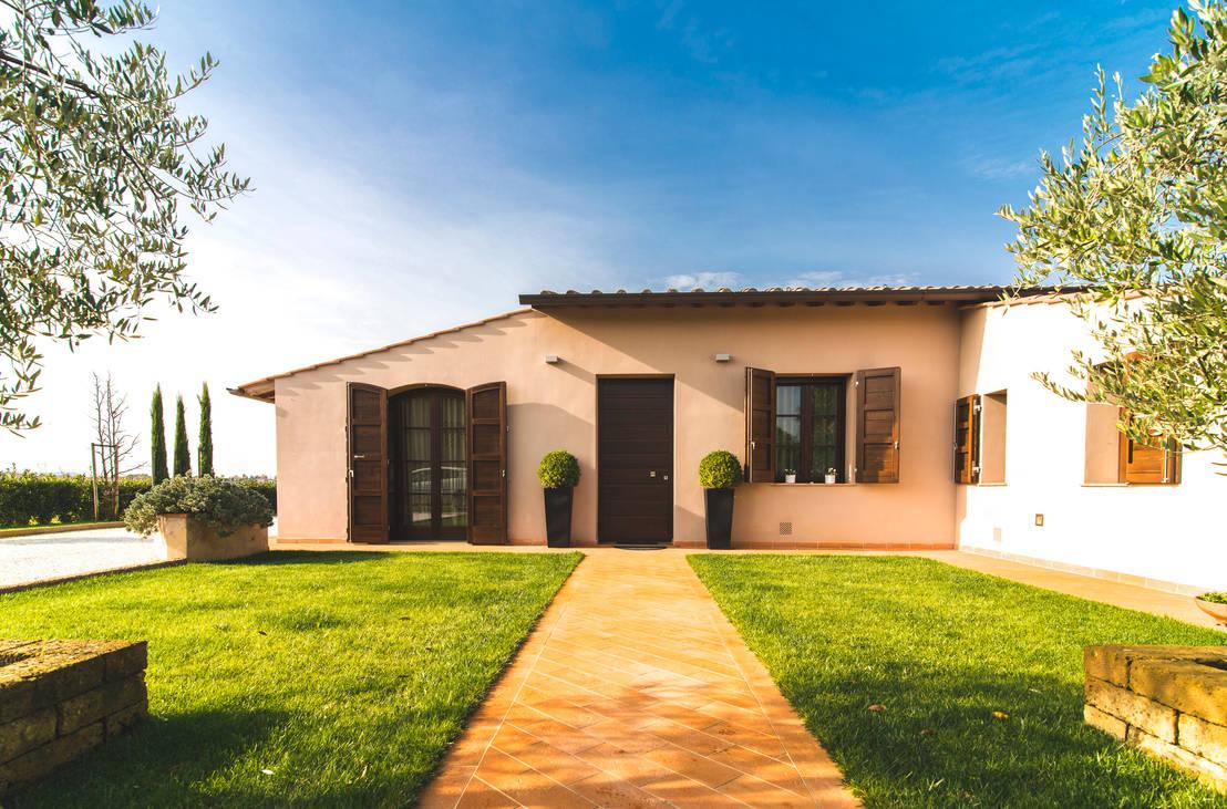 Casa unifamiliare nella campagna toscana di enrico marradini architetto homify - Colori case esterni ...