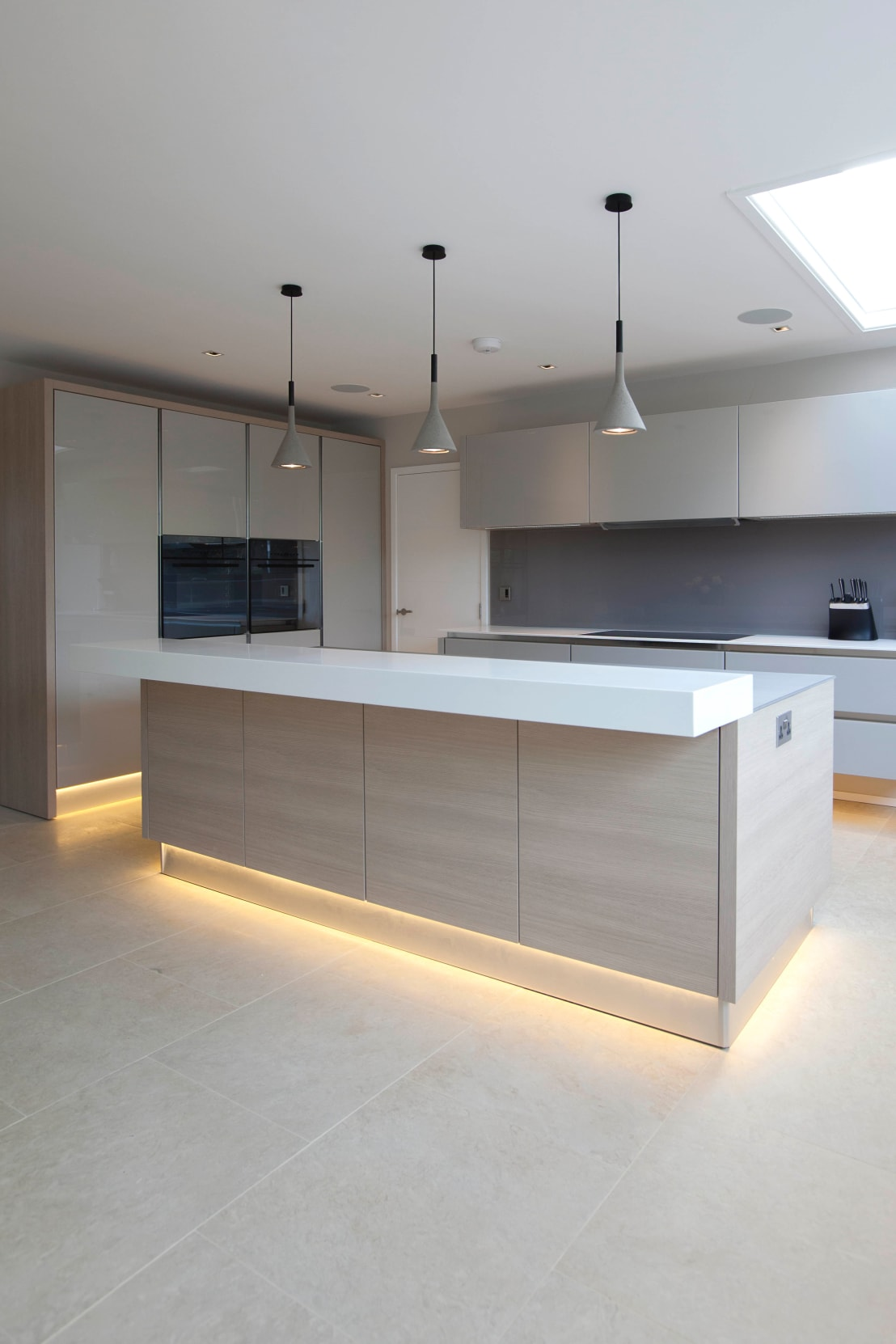 Sophisticated italian kitchen by cu cucine homify for Kitchen 0 finance b q