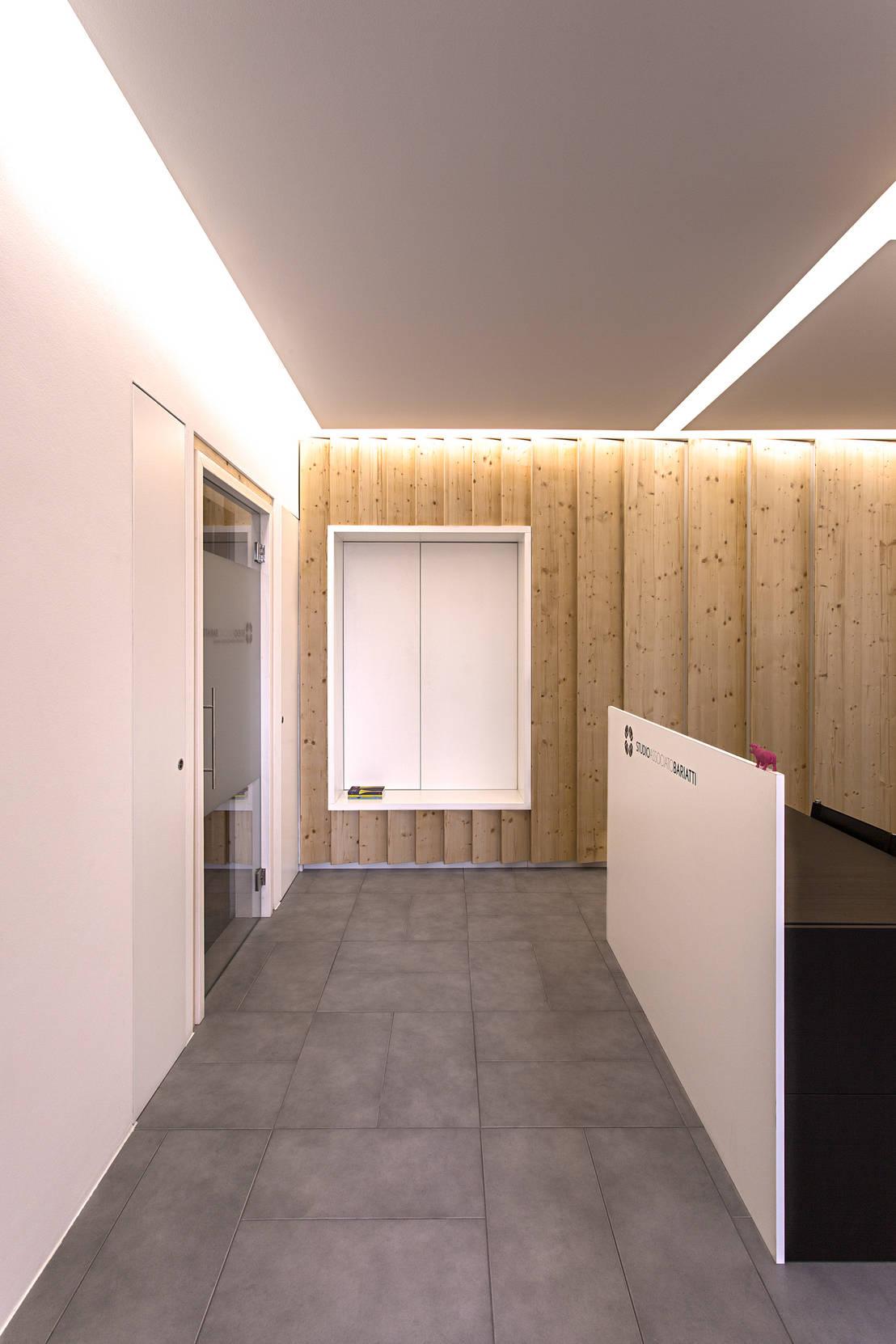 Ldv la piera 39 s office par plus ultra studio homify for Bureau ultra moderne