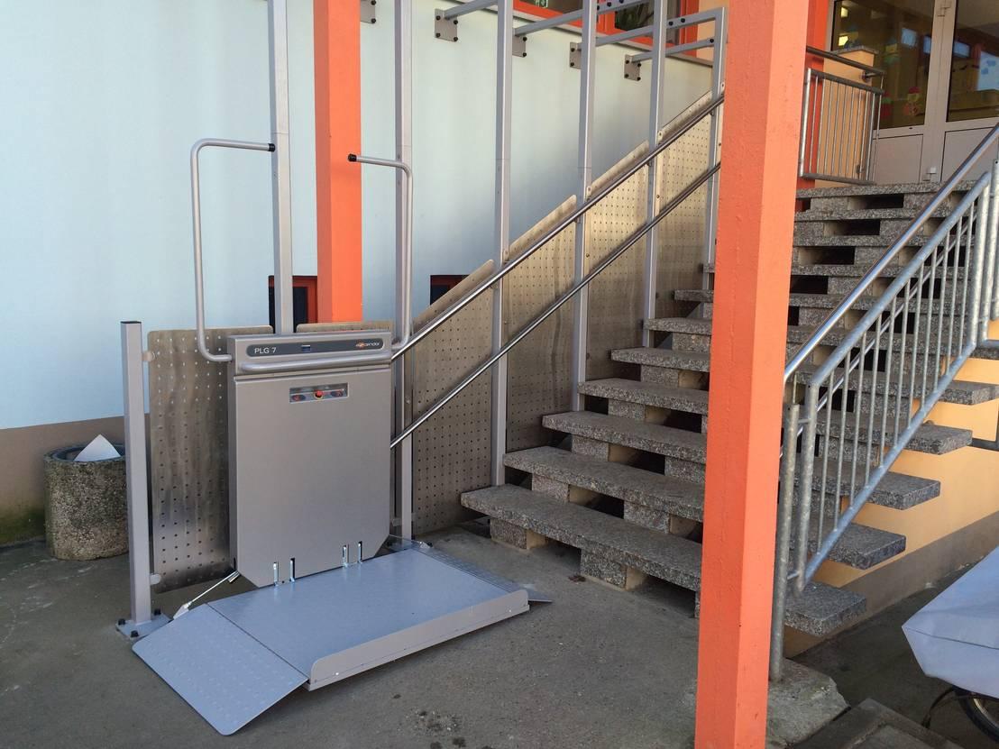 Plattformlift gerade von wachsmann lift technik homify - Mobel wachsmann ...