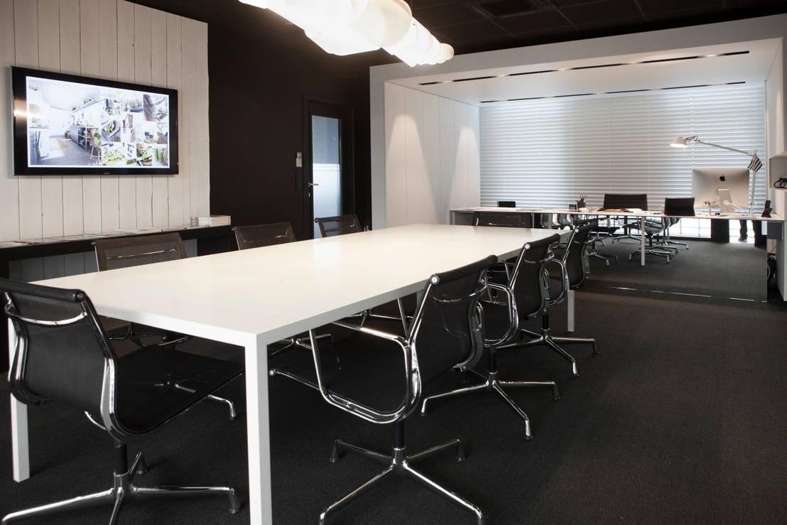 bureau black white par guillaume da silva architecture interieure homify. Black Bedroom Furniture Sets. Home Design Ideas
