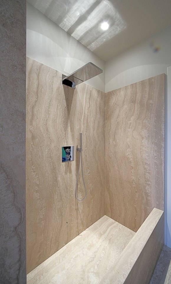 https://images.homify.com/images/a_0,c_fit,f_auto,q_auto,w_1108/v1438814952/p/photo/image/380282/10418972_10152997832198320_7577219300094139873_n/minimalist-bathroom-photos-by-fersini-marco-pavimenti-e-rivestimenti-interni-ed-esterni.jpg