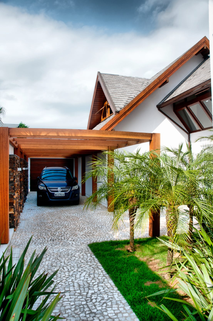 6 garajes fant sticos para guardar tu coche - Garajes para coches ...