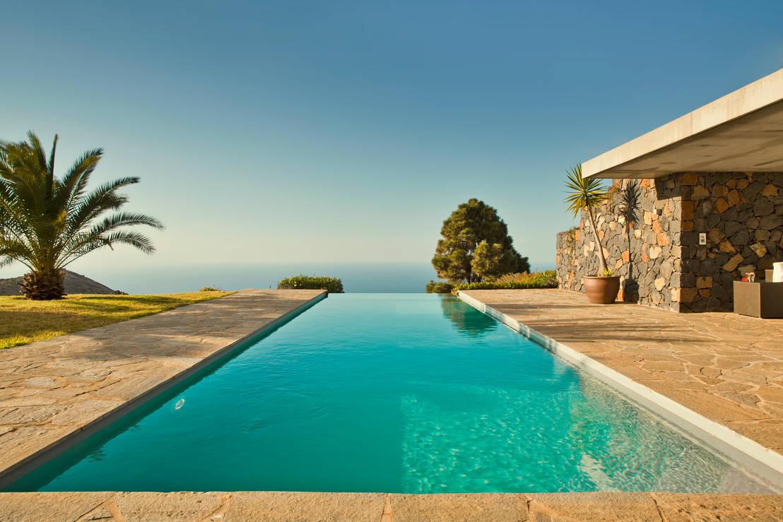 30 ideen f r den perfekten pool. Black Bedroom Furniture Sets. Home Design Ideas