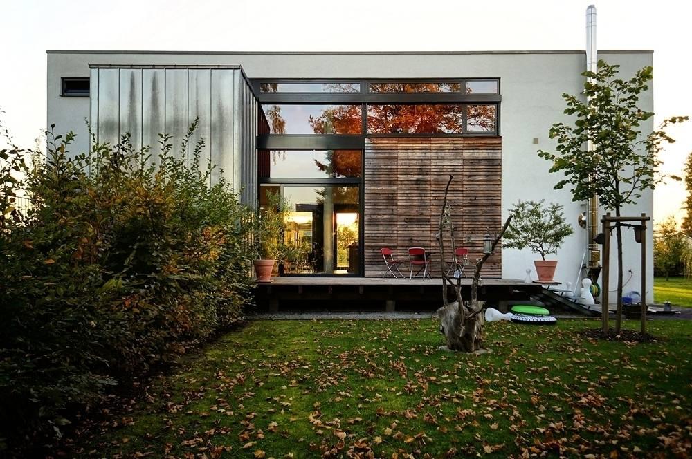 einfamilienhaus in karlsruhe de architekten lenzstrasse dreizehn homify. Black Bedroom Furniture Sets. Home Design Ideas