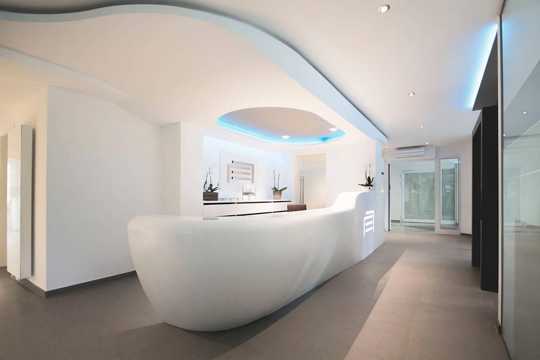 empfangstheke arztpraxis von homify. Black Bedroom Furniture Sets. Home Design Ideas