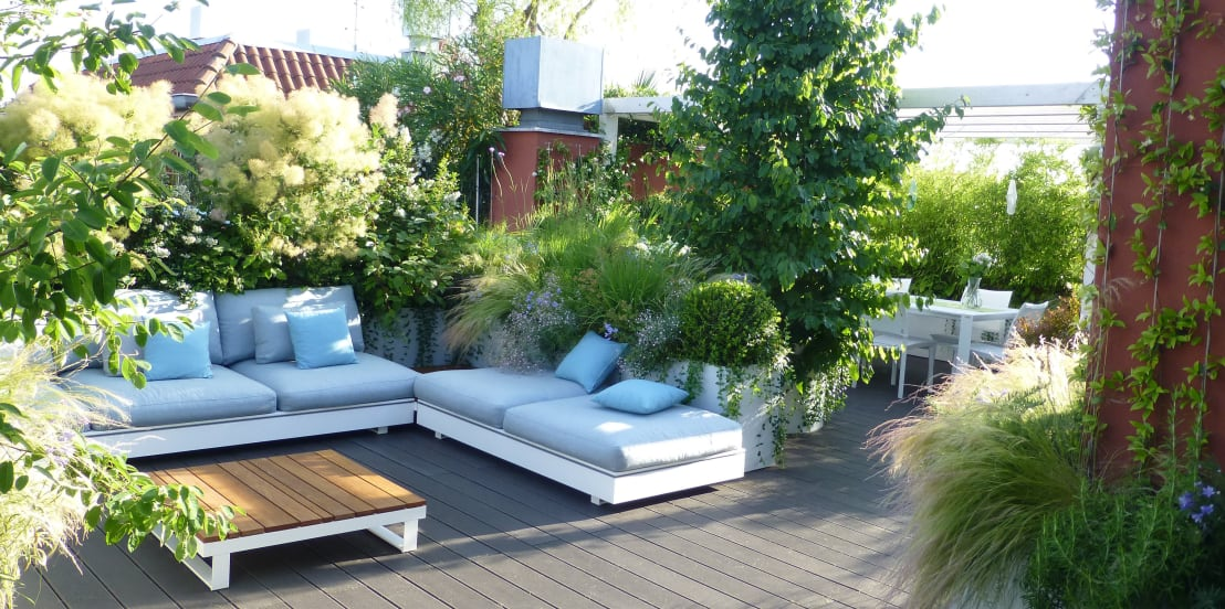 Come creare un meraviglioso giardino sul terrazzo di casa - Cucina sul terrazzo ...