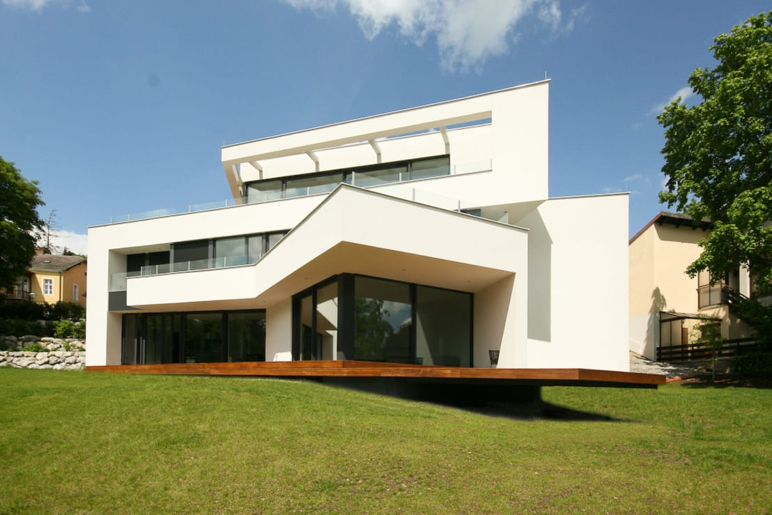 Villa in hanglage von flow architektur homify for Villa modern bauen