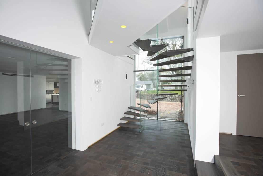 gerade treppen aus holz mit glaswand von siller treppen stairs scale homify. Black Bedroom Furniture Sets. Home Design Ideas