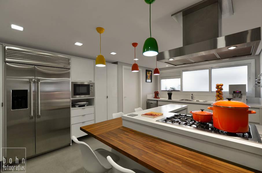 Cozinha Alegre e Sofisticada von Carolina Burin Arquitetura Ltda ...