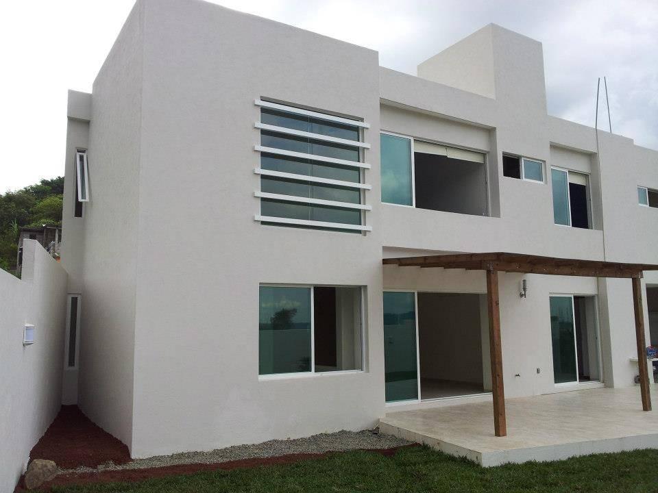 Casa bernab de constructora e inmobiliaria catarsis homify - Constructor de casas ...