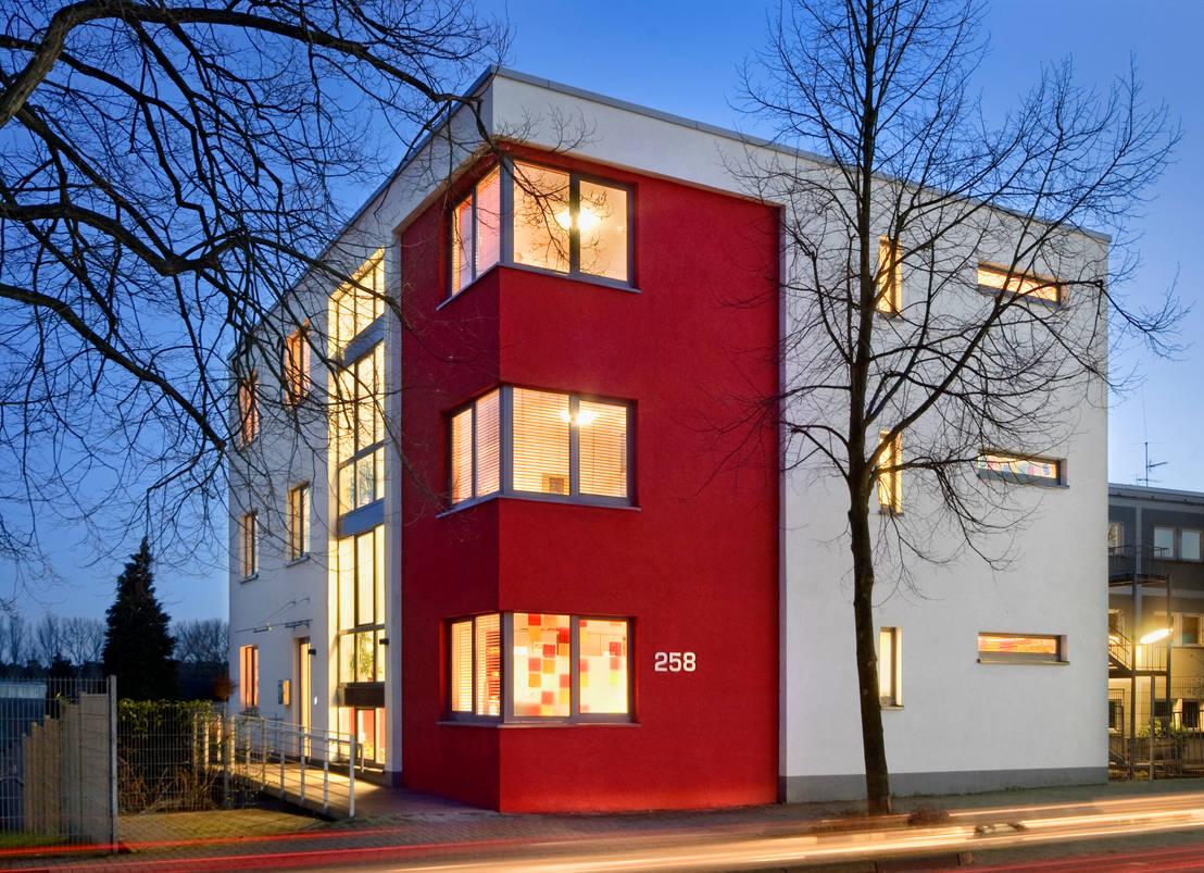 neubau wohnst tte f r jugendliche in bergisch gladbach von sassendorf pischke gbr homify. Black Bedroom Furniture Sets. Home Design Ideas