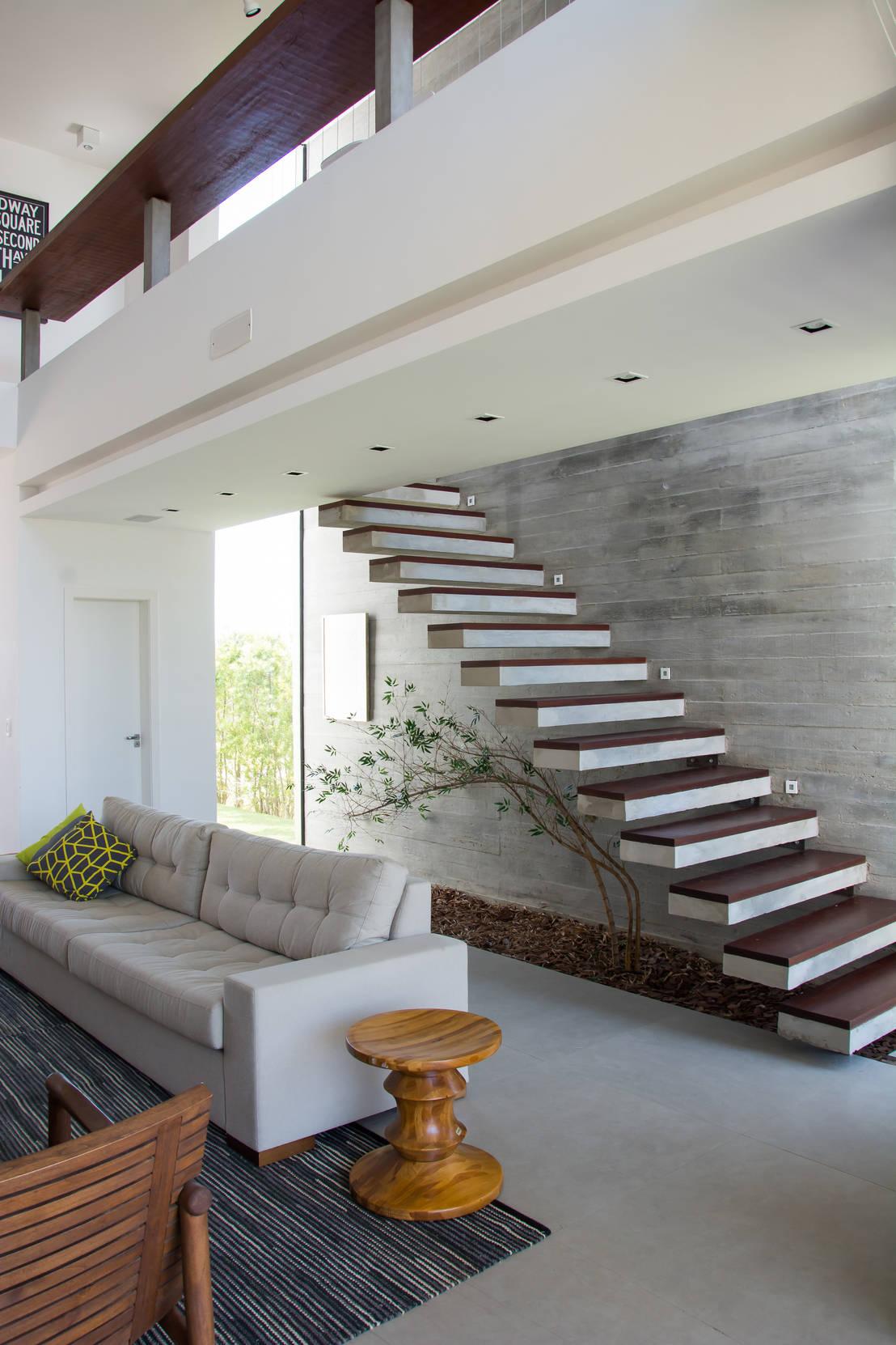 18 escaleras con hermoso jard n de piedras for Como cocinar setas parasoles