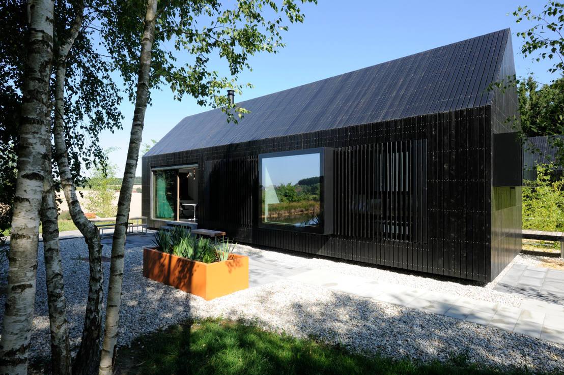 pondok kayu hitam ini jadi rumah keluarga idaman