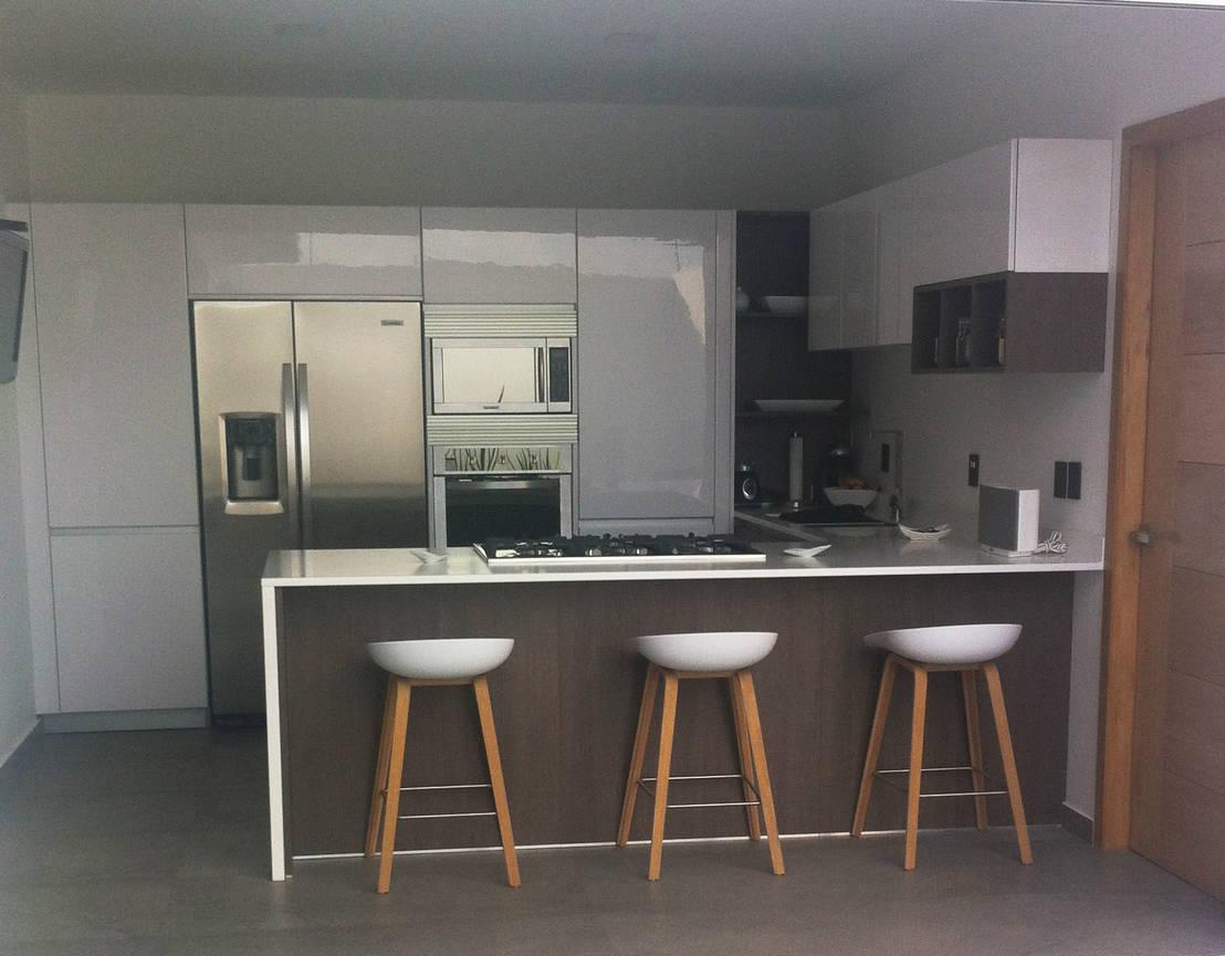 Cocina minimalista de citlali villarreal interiorismo for Cocinas cuadradas modernas