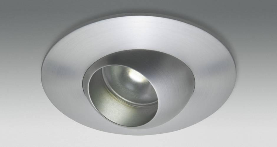 https://images.homify.com/images/a_0,c_fit,f_auto,q_auto,w_1108/v1440069668/p/photo/image/834599/10watt_led/foto-s-van-een-modern-badkamer-door-r-m-verlichting.jpg