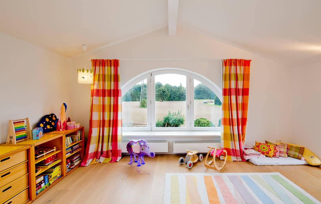 die ideale gestaltung f r ein m dchenzimmer. Black Bedroom Furniture Sets. Home Design Ideas