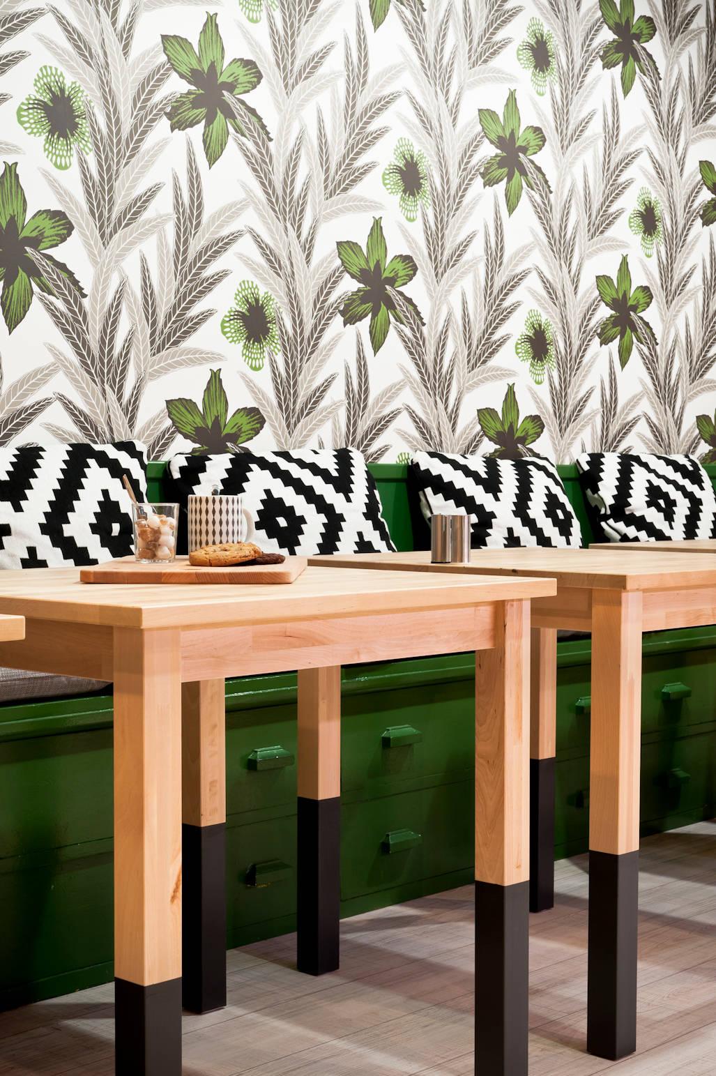 trendy place bagels von marie dumora homify. Black Bedroom Furniture Sets. Home Design Ideas