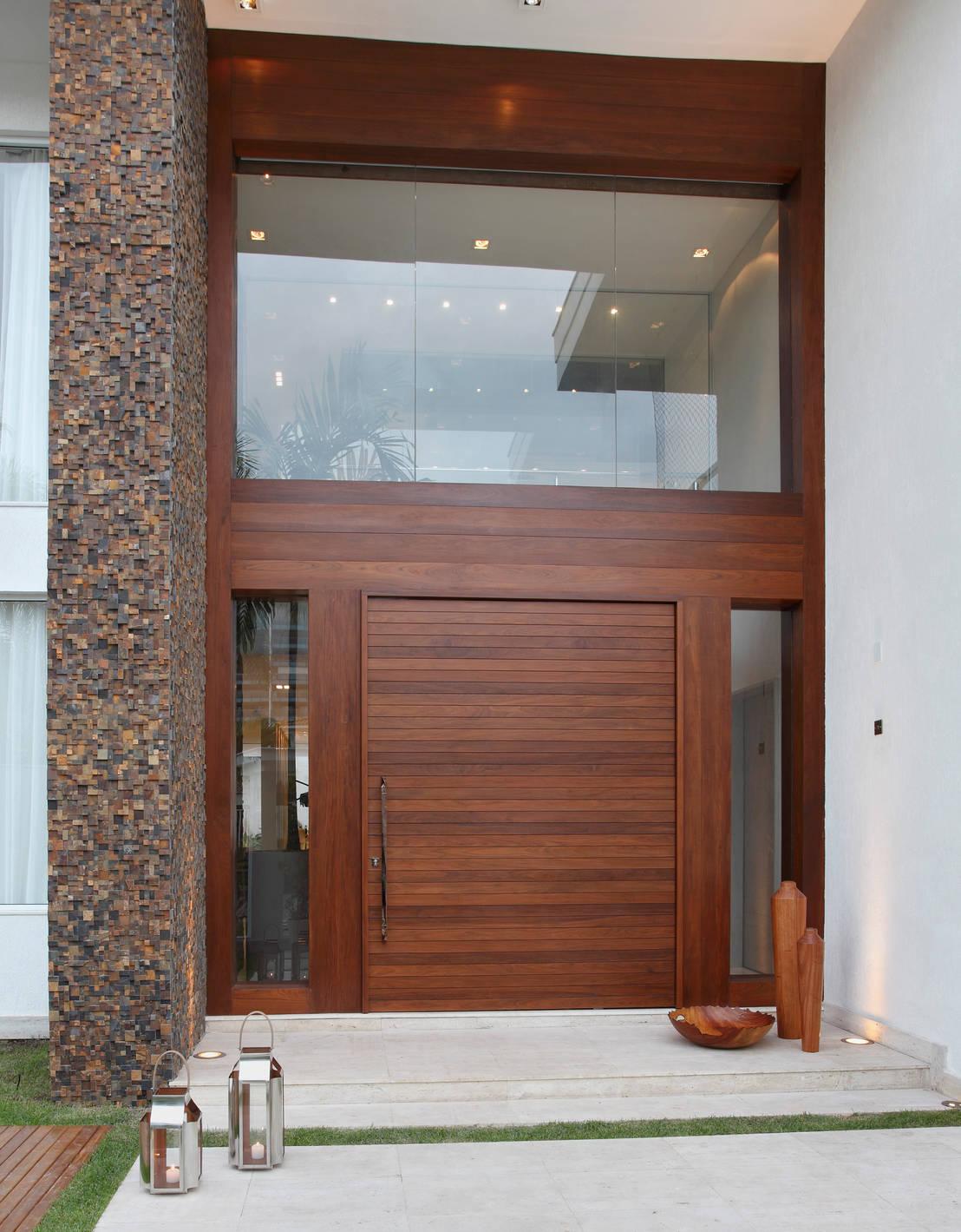 15 puertas principales fant sticas for Puertas de entrada de casas modernas