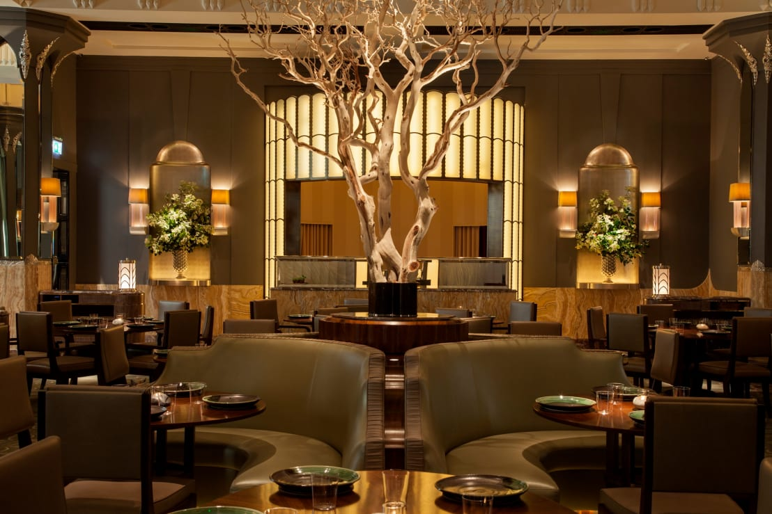 Fera at claridge s restaurant lighting design Автор u lighting