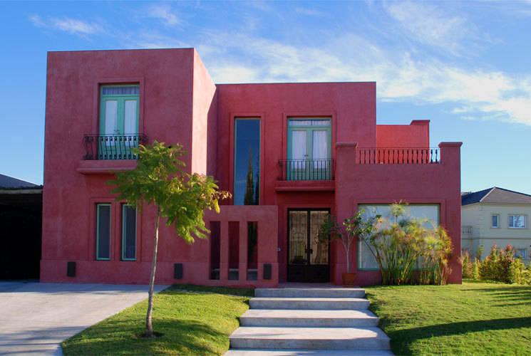 10 fachadas modernas e impresionantes te van a inspirar for Casas modernas nordelta