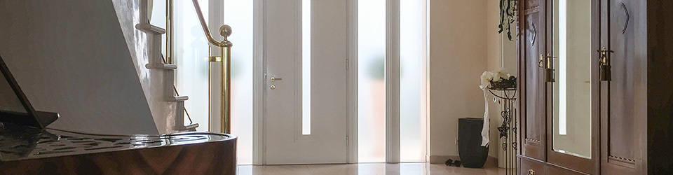 sichtschutz aus glasdekorfolie mit verschiedenen motiven von bcr informieren leiten werben. Black Bedroom Furniture Sets. Home Design Ideas