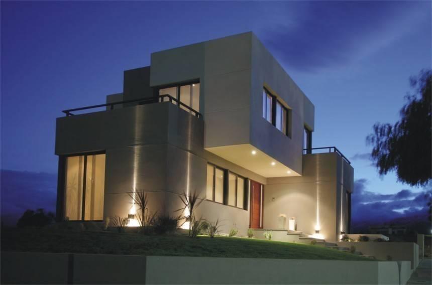 Casa d1 el juego de luces y vol menes for Iluminacion exterior fachadas