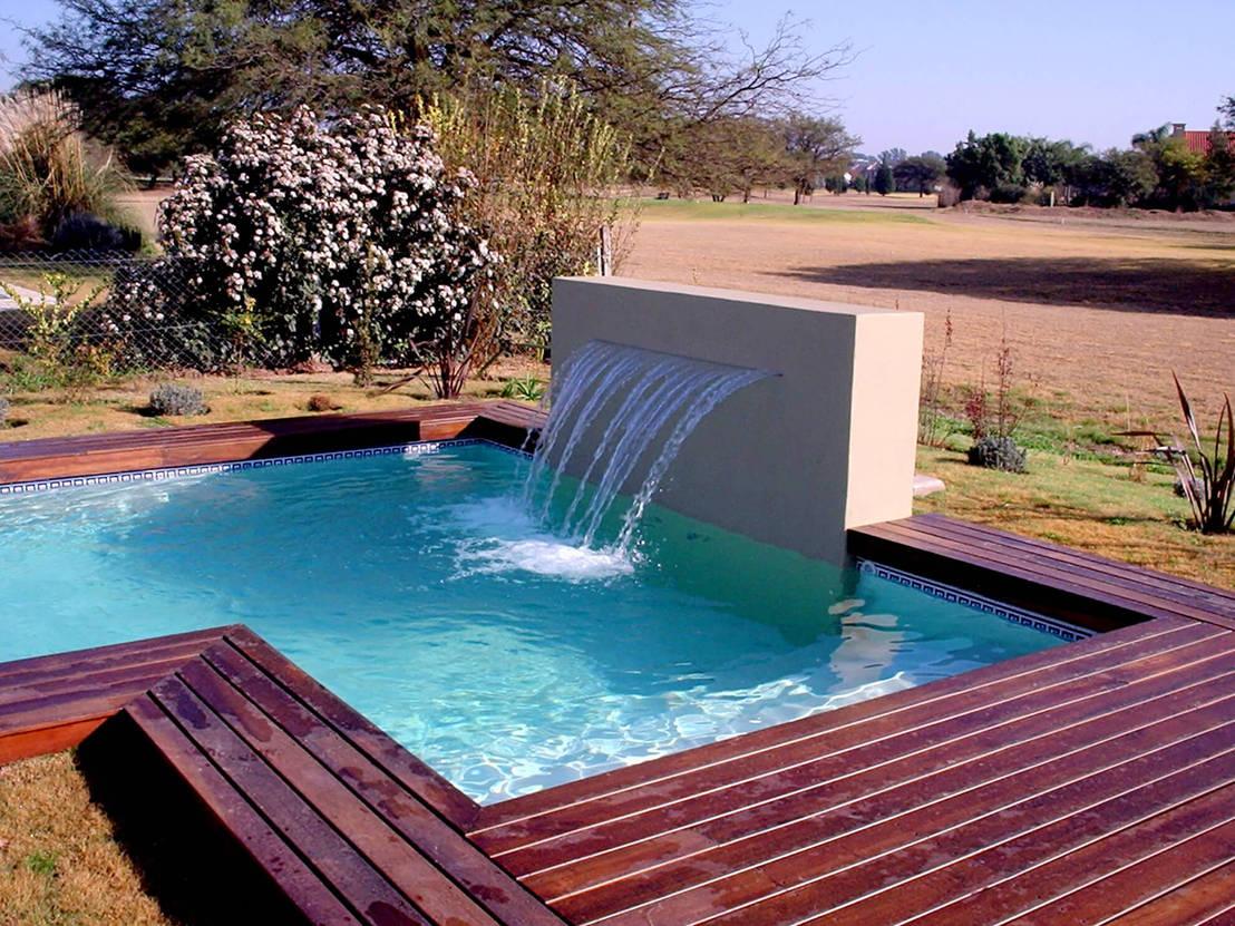 15 piscinas pequenas mas maravilhosas for Mas piscinas