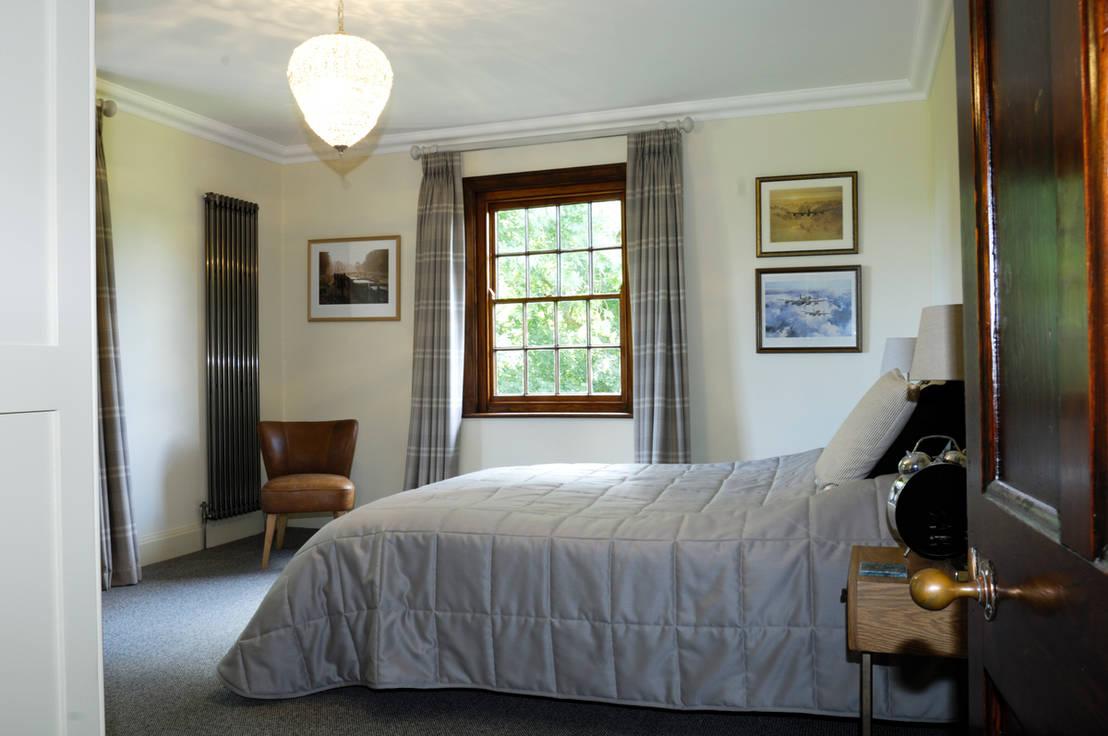 mr central heating column radiators homify. Black Bedroom Furniture Sets. Home Design Ideas