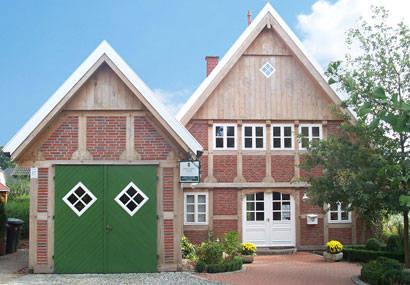 energiesparhaus dlk fachwerk von deutsche landhaus klassiker gmbh homify. Black Bedroom Furniture Sets. Home Design Ideas