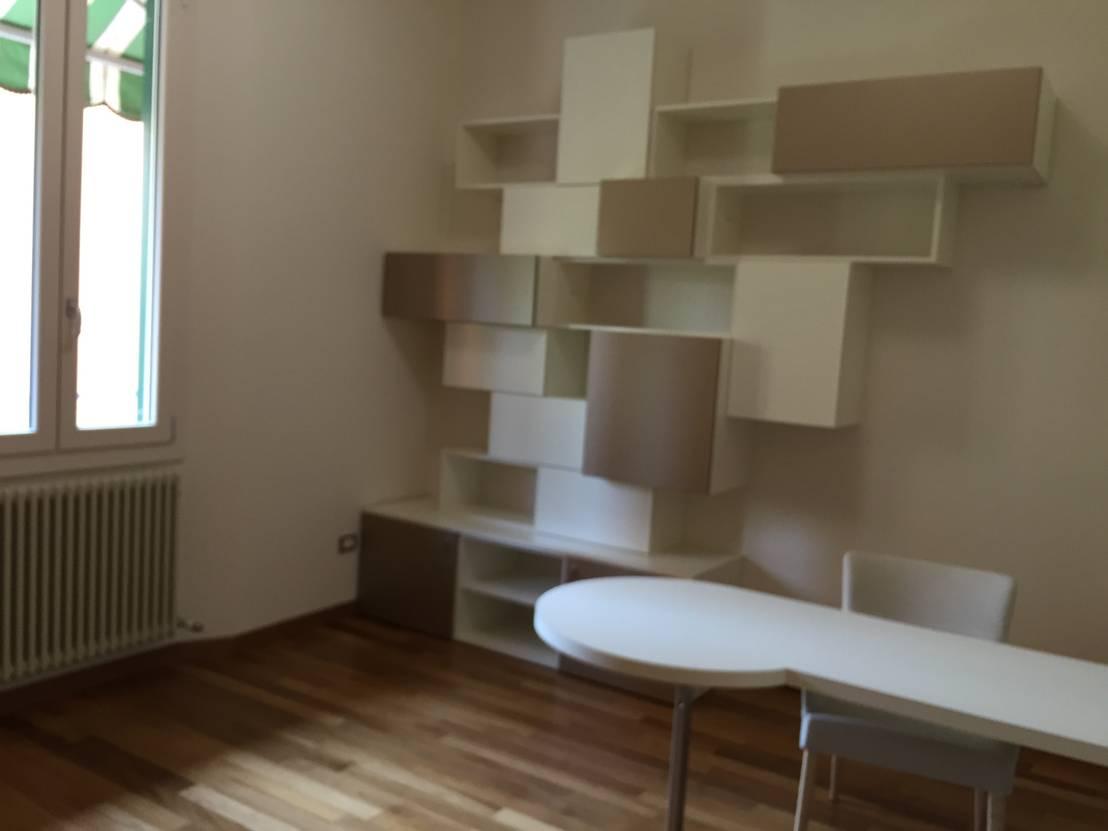 Progetto libreria per studio professionale di arreda for Mobili per studio professionale