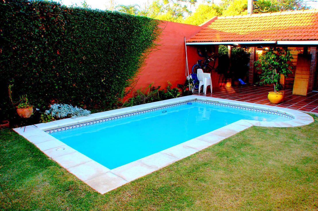 Piscinas familiares de piscinas scualo homify for Piscinas desmontables pequenas con depuradora