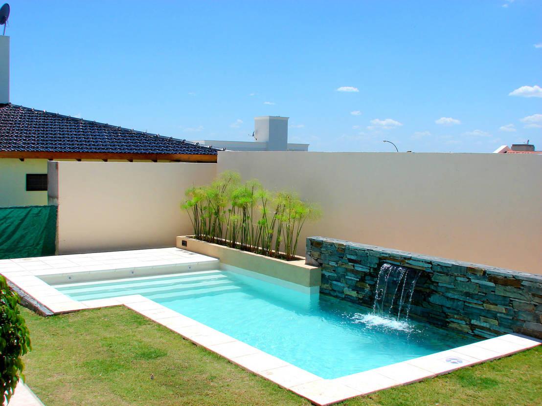 12 albercas con microcemento modernas y fabulosas for Estilos de piscinas