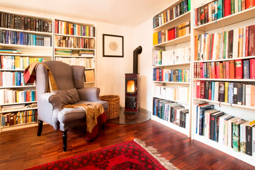 home staging in fachwerkhaus von 1660 por immotionelles homify. Black Bedroom Furniture Sets. Home Design Ideas