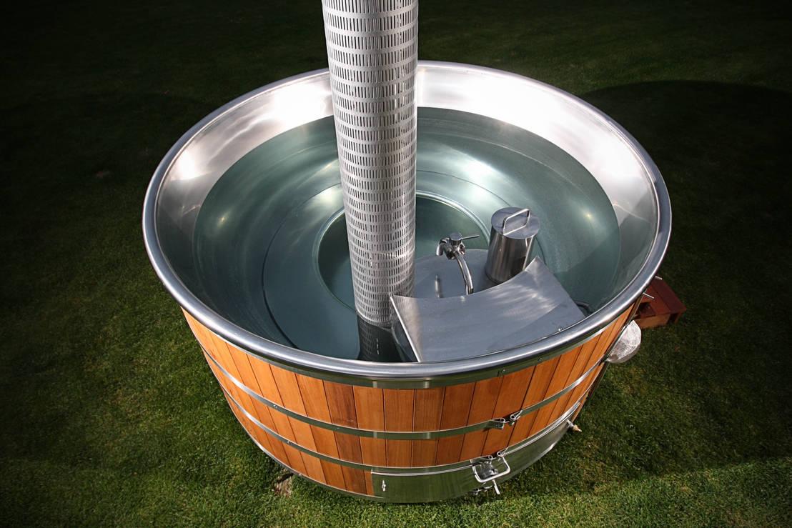 Piscine En Inox Steel And Style stainless steel hot tubcedar hot tubs uk | homify