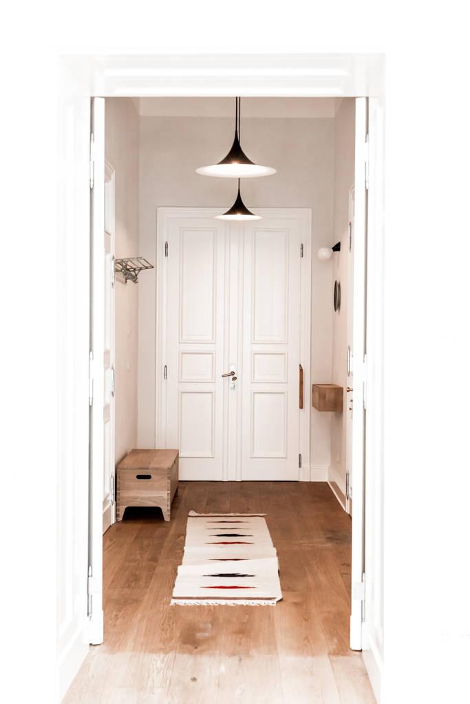 14 ideen f r mehr stauraum im flur. Black Bedroom Furniture Sets. Home Design Ideas