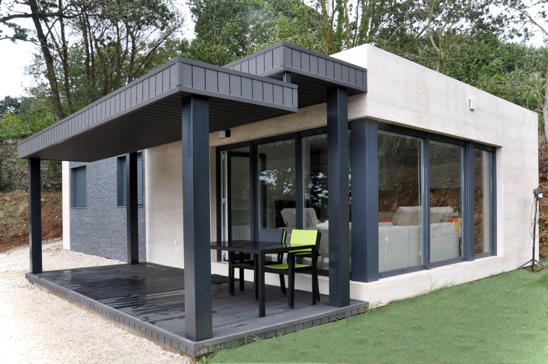 top 10 die sch nsten h user im oktober. Black Bedroom Furniture Sets. Home Design Ideas