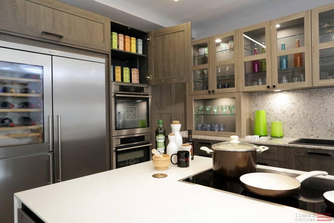 Dise o de cocina de casa decor 2015 de l nea 3 cocinas for Proyectos de cocina easy