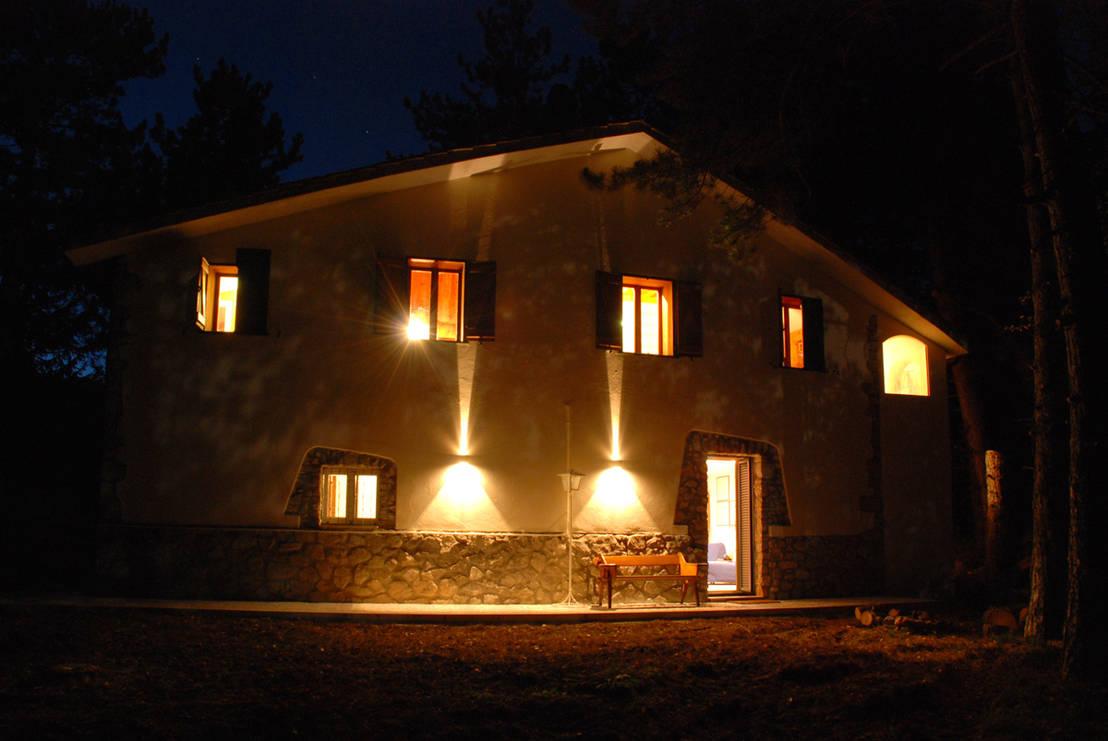 Cottage di montagna di coffice homify for Case in stile cottage