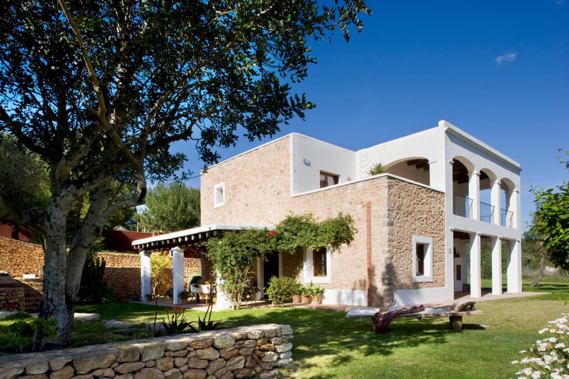 Una casa perfecta por fuera y por dentro - Casas de campo por dentro ...