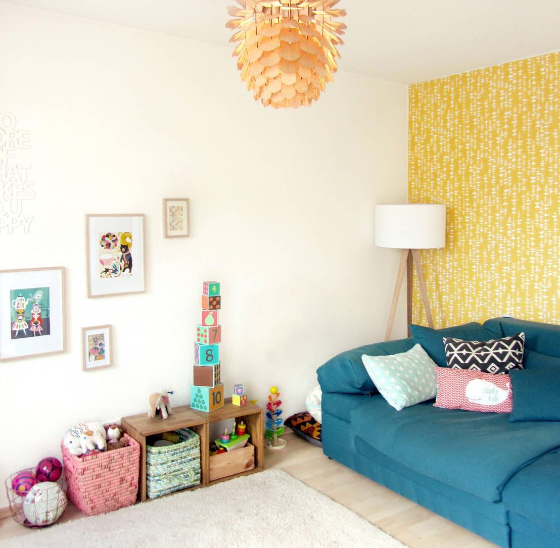 Kinderecke im Wohnzimmer von LYBSTES. | homify