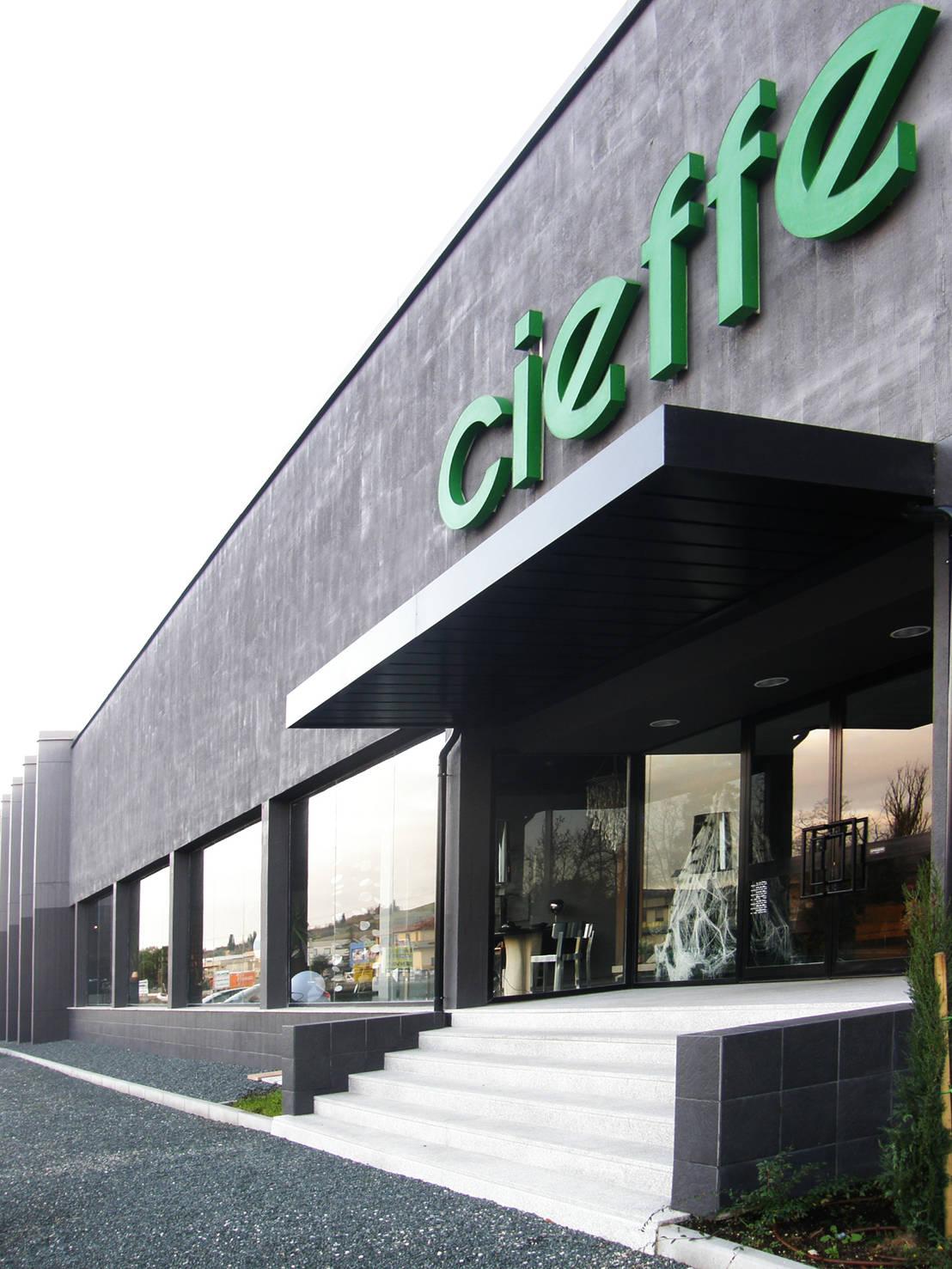 Showroom cieffe arredamenti restyling facciata de for Cieffe arredamenti
