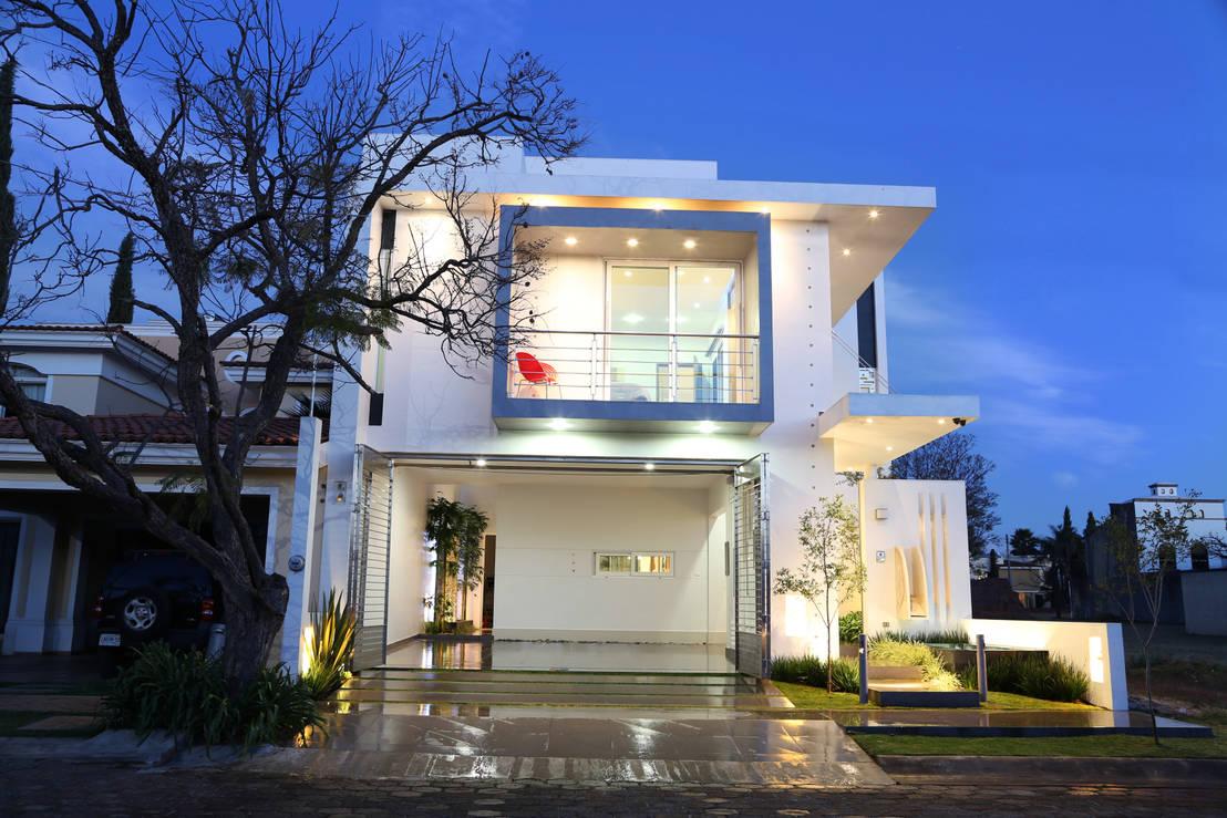 Elegante e moderna questa casa a due piani ti conquister for Moderna casa a 2 piani